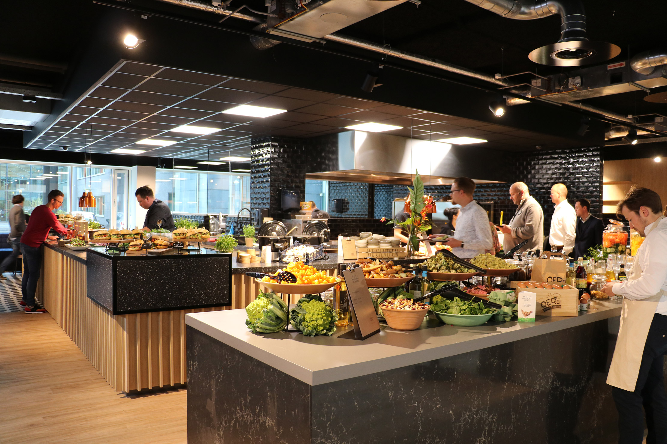 Foodcourt + Keuken - Adam Smith Building - We Canteen